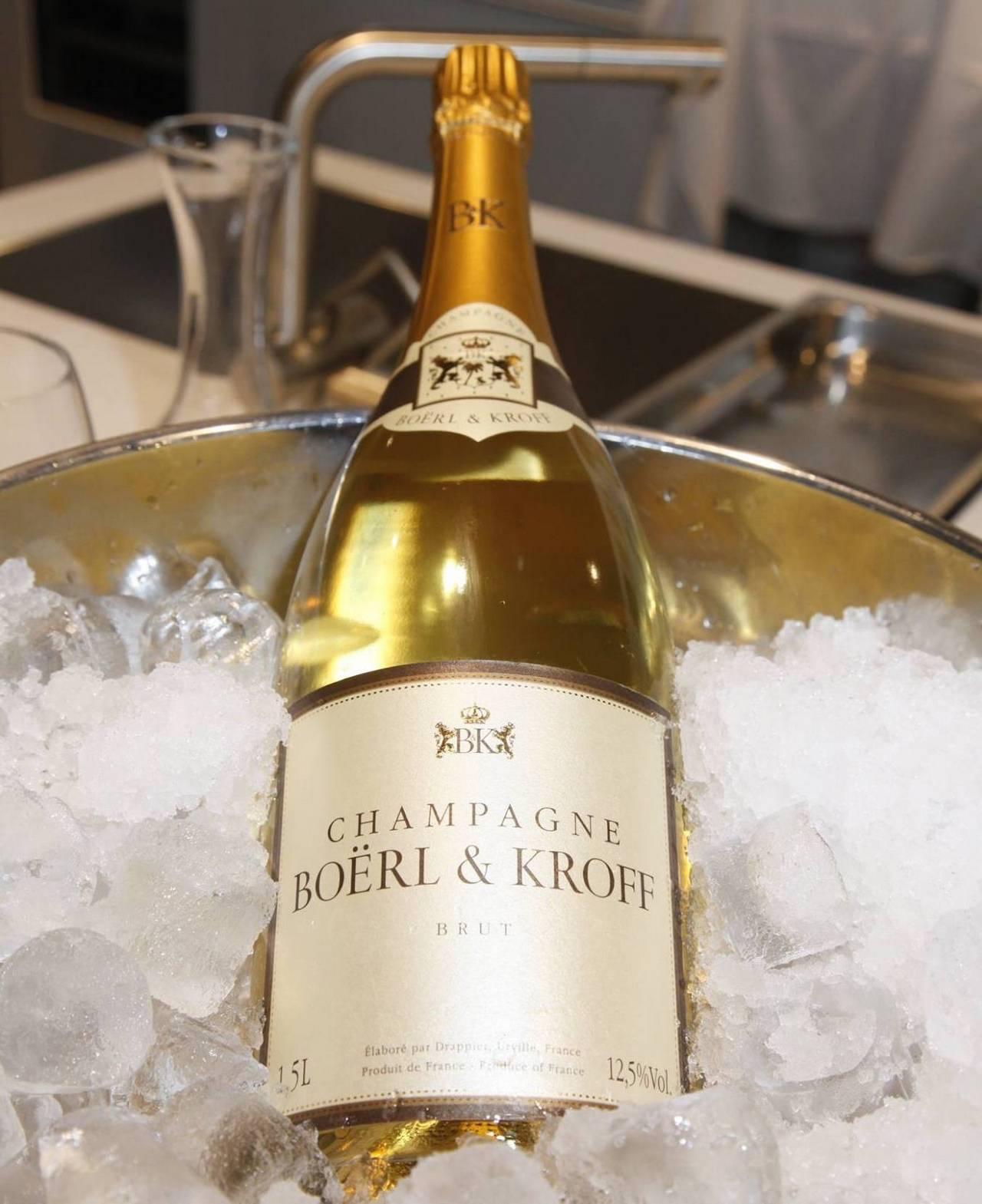 Рейтинг лучших шампанских вин: в мире, франции, россии, по версии роскачество. чем лучше похмеляться шампанским или вином?