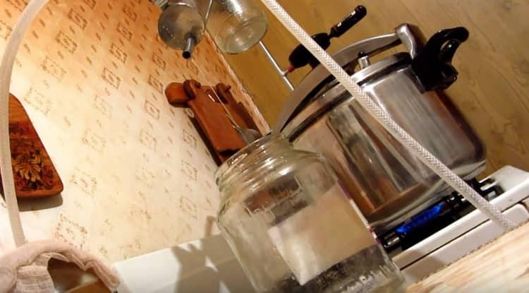 Как сделать абсент в домашних условиях своими руками: рецепт приготовления
