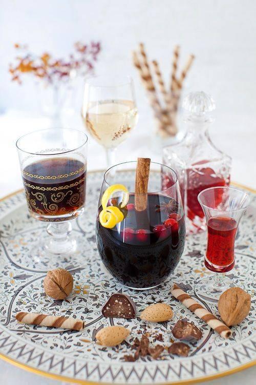 Глинтвейн: все, что нужно знать о самом зимнем напитке - международная платформа для барменов inshaker