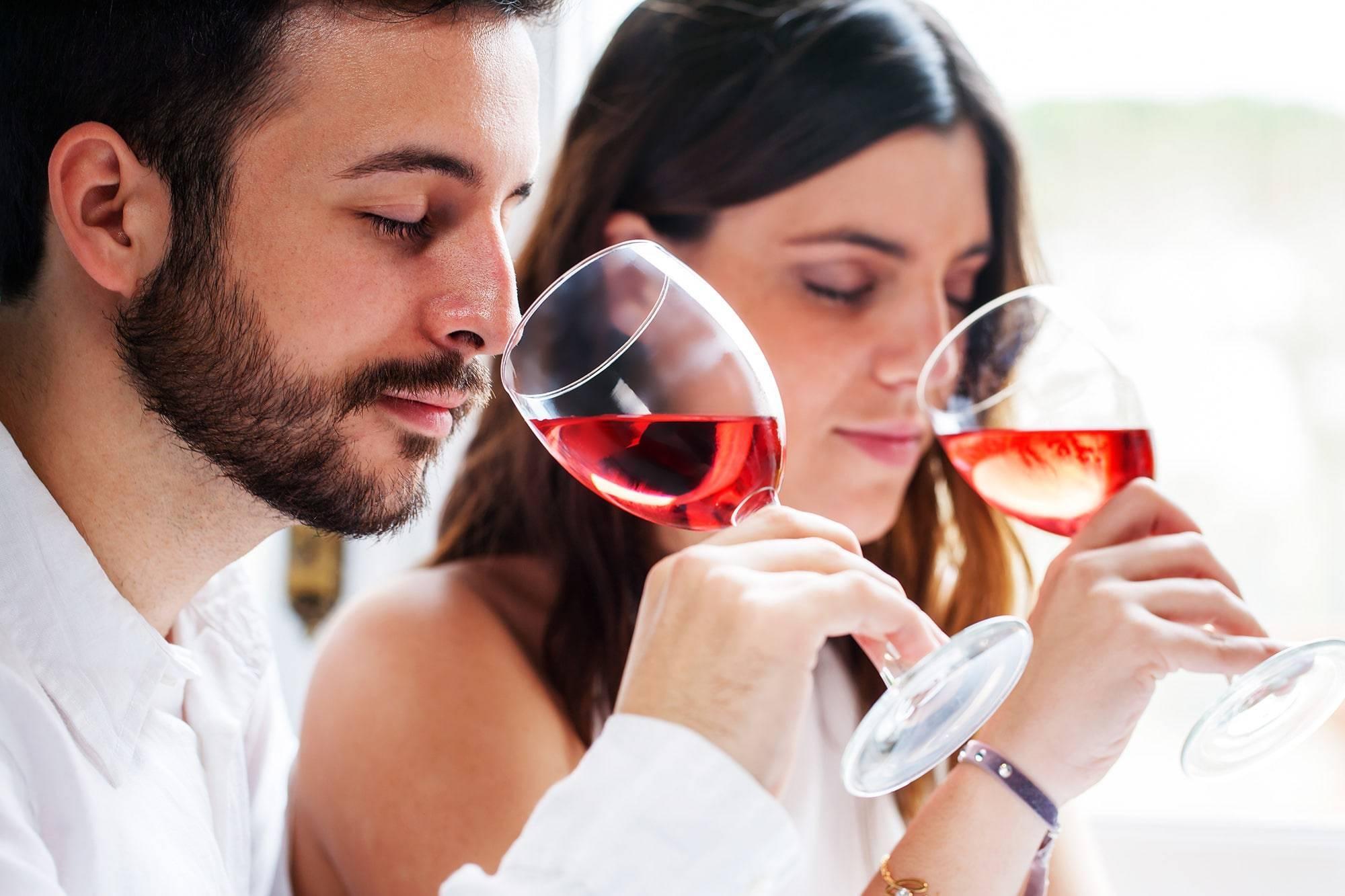 Как правильно дегустировать красное вино