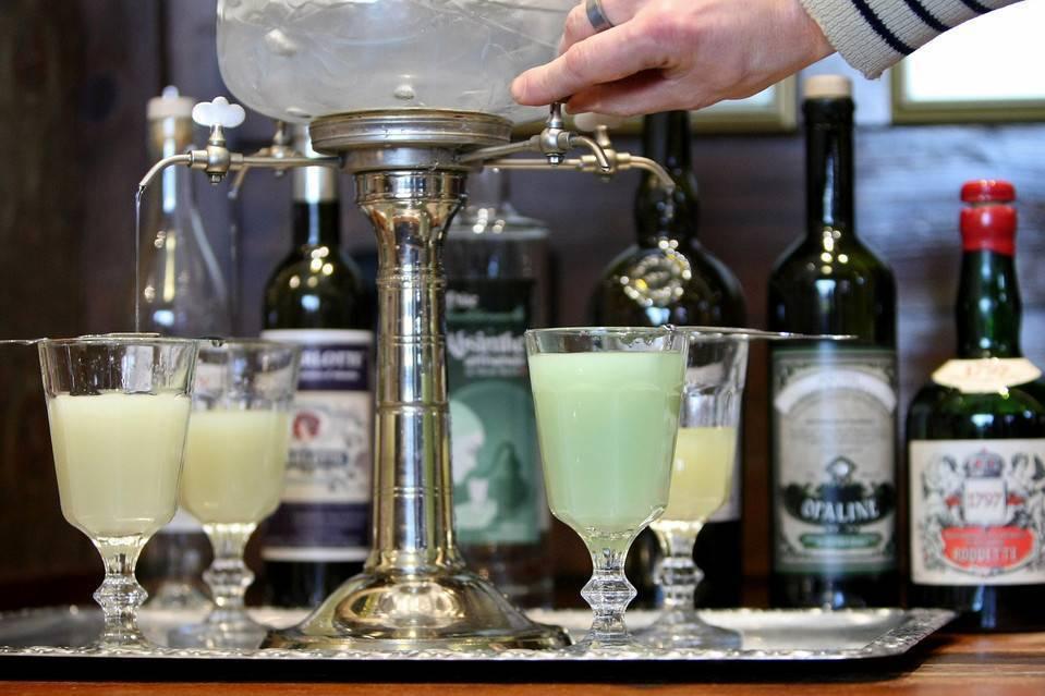 Как правильно наливать и пить шериданс