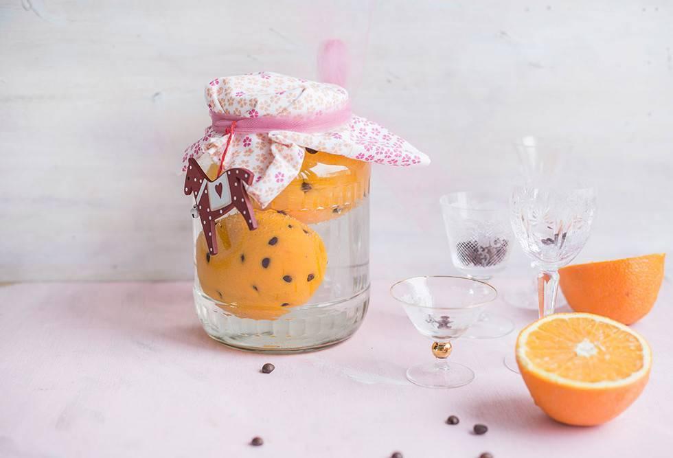 Рецепт апельсиновой настойки с корицей и кофе на водке, самогоне или спирту