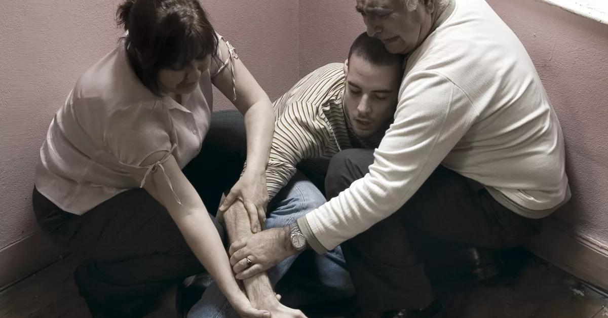 Что делать родственникам с алкоголиком в том случае если он не хочет лечиться