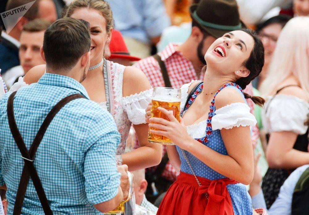 Праздник пива в германии: когда проходит пивной фестиваль, как празднуют день немецкого напитка