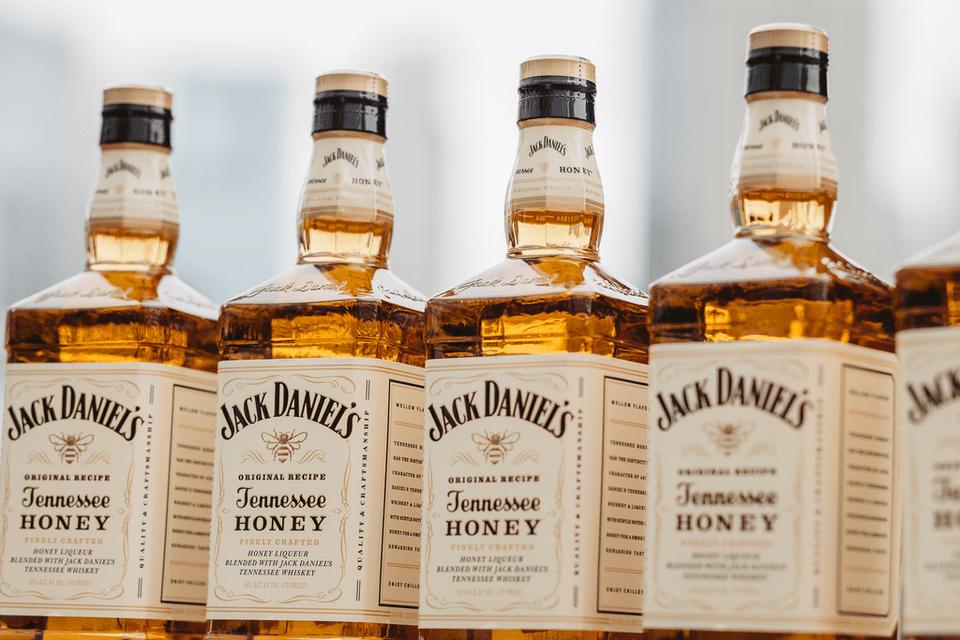 Джек дэниэлс медовый: описание виски jack daniels honey, особенности состава, вкуса, как правильно пить