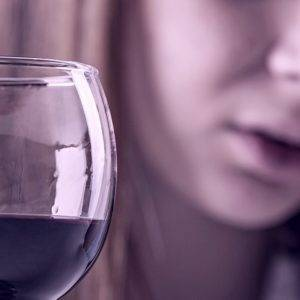 Скисшее домашнее вино: причины, варианты устранения кислотности