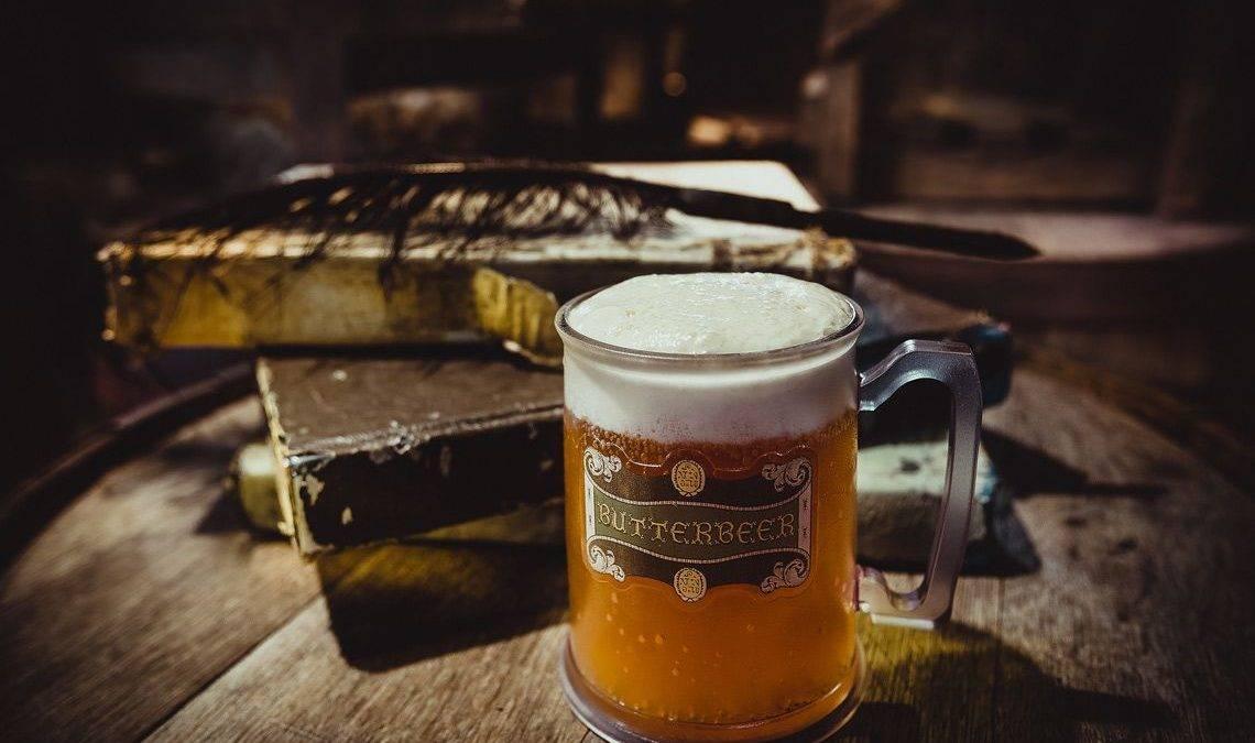 6 необычных способов, как приготовить сливочное пиво из «Гарри Поттера»