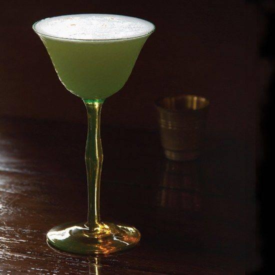 Как пить абсент в домашних условиях правильно - варианты коктейлей и виды закусок