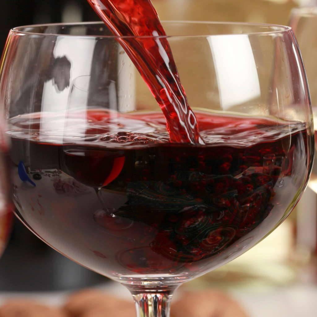 Крепление домашнего вина водкой, самогоном, спиртом |