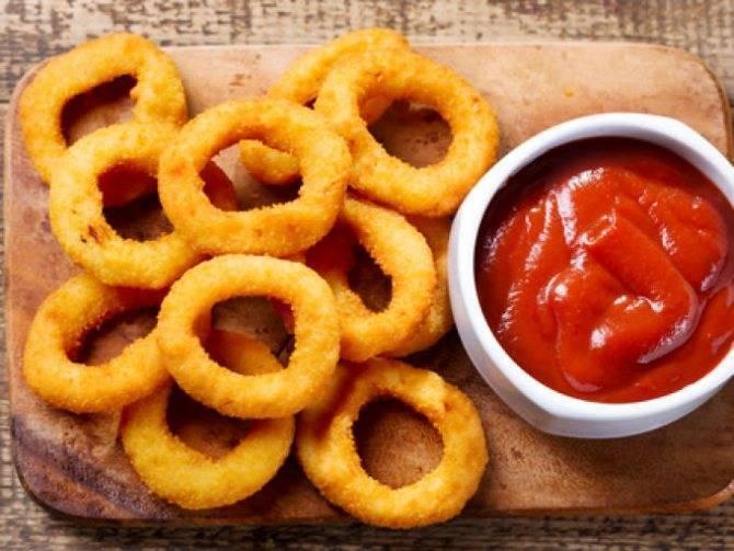 Луковые кольца в кляре: хрустящая закуска на любой случай