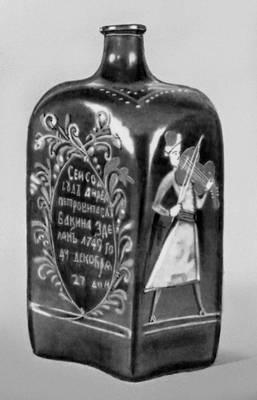 Штоф для водки: что это такое, какова его емкость в литрах, если перевести на сегодняшнюю меру измерения жидкостей