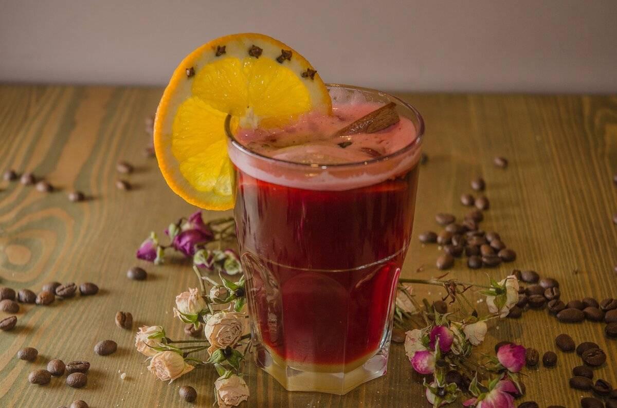 Как правильно пить глинтвейн: чем запивать и закусывать