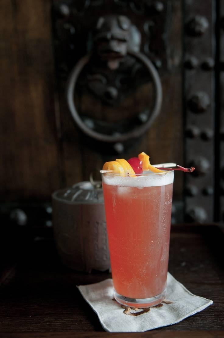 Неповторимый коктейль: сингапурский слинг