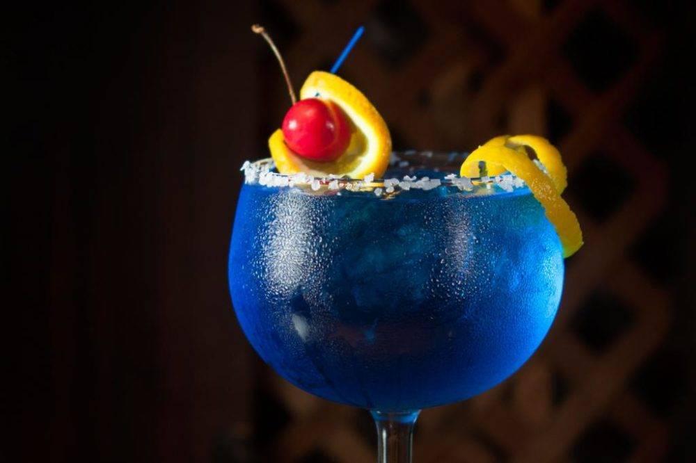 Голубая лагуна коктейль рецепт с фото пошагово и видео - 1000.menu
