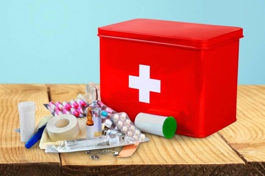 Список лекарств для домашней аптечки семьи: что положить для взрослых и детей, выбор препаратов
