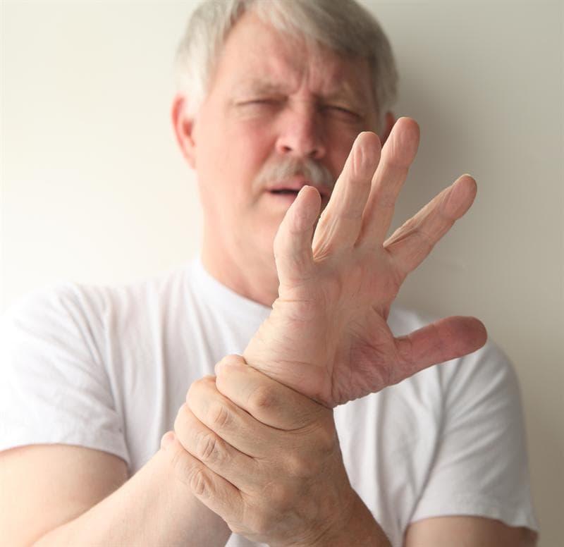 Тремор рук - причины, лечение, как избавиться от тремора рук