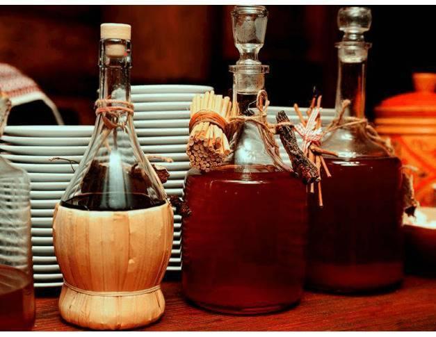 Рецепты приготовления самогона на корне калгана — как настаивать и пить. полезная и приятная настойка на калгане. калгановка на самогоне своими руками - заболевания-мед