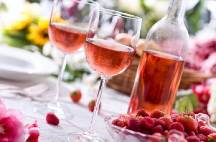 Как приготовить вино, настойку и наливку из замороженных ягод в домашних условиях?