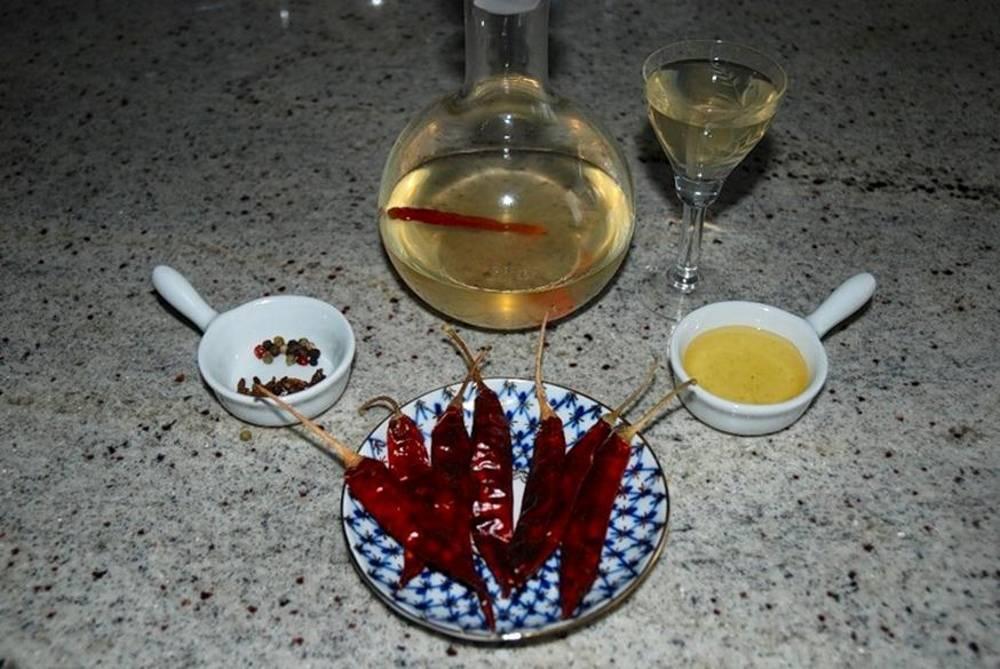 Перцовка -- лучший алкогольный напиток, который можно приготовить в домашних условиях