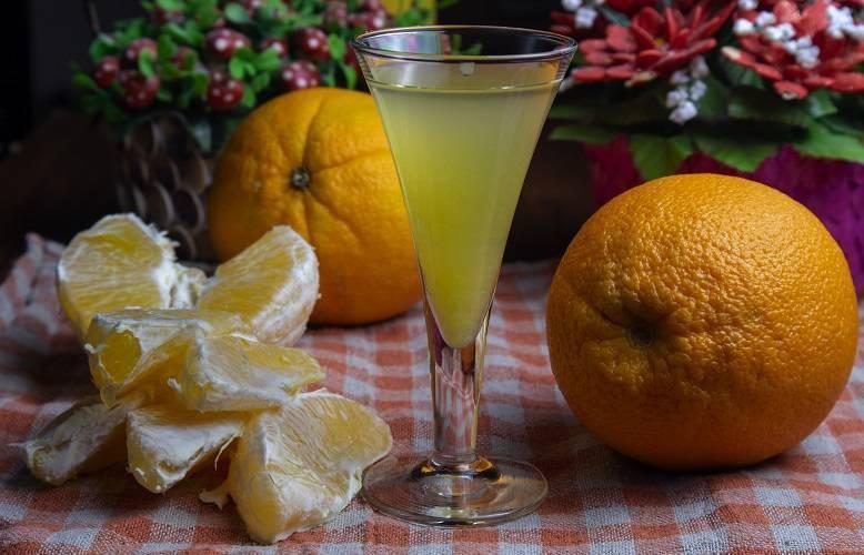 Апельсиновый ликер: быстрый рецепт напитка из апельсинов, как сделать, приготовить в домашних условиях на апельсиновых корках