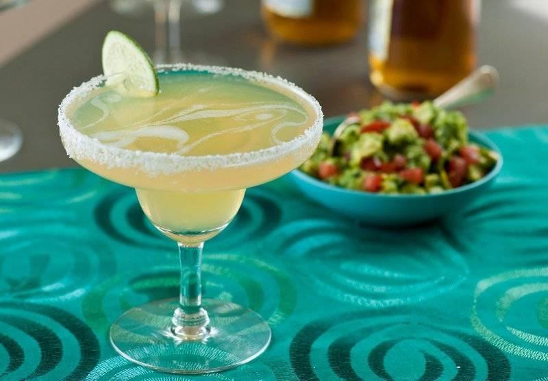 Как правильно пить текилу, чем закусывать мексиканскую водку