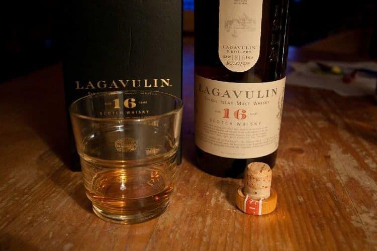Виски лагавулин (lagavulin) - описание и виды напитка, история возникновения