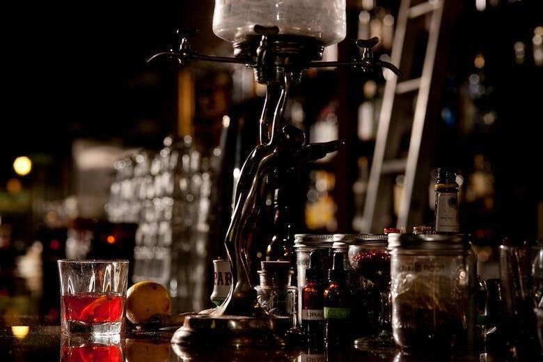 Как пить абсент: 14 способа от профессиональных барменов