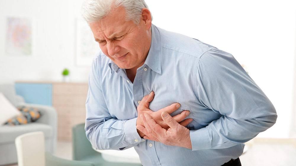 Болит сердце с похмелья, что делать, принять?