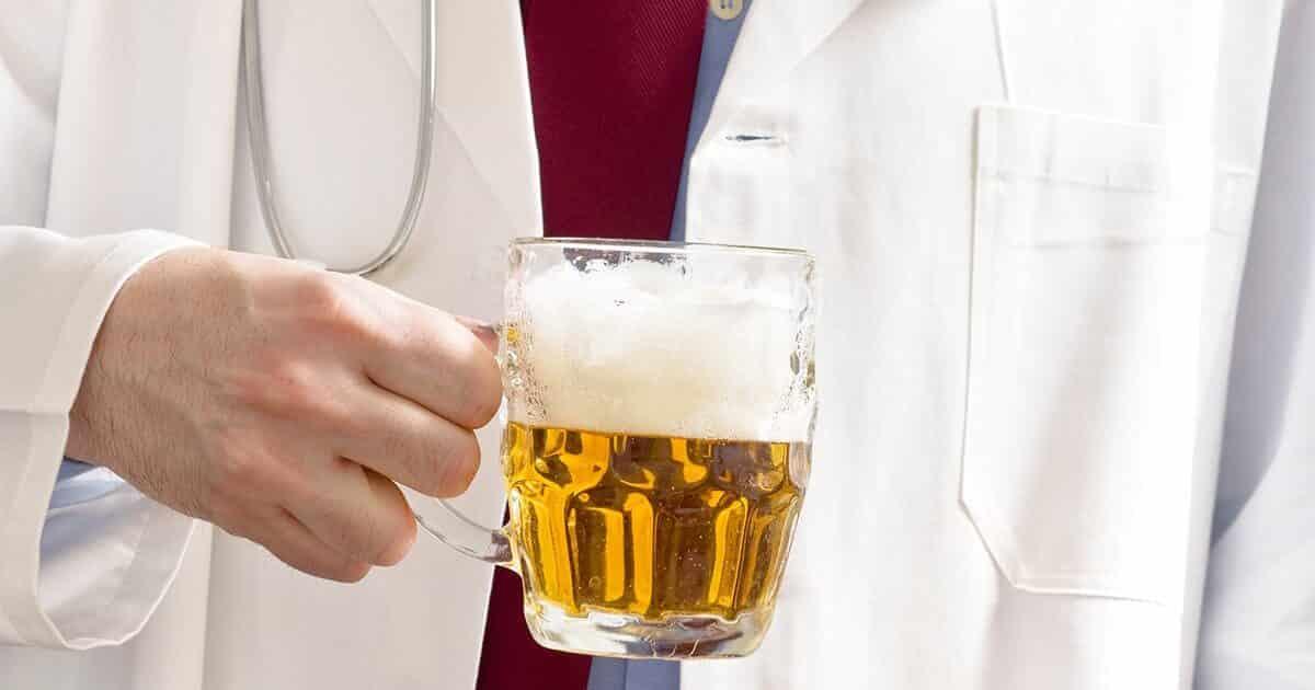 Рецепты приготовления теплого пива при кашле и болях в горле