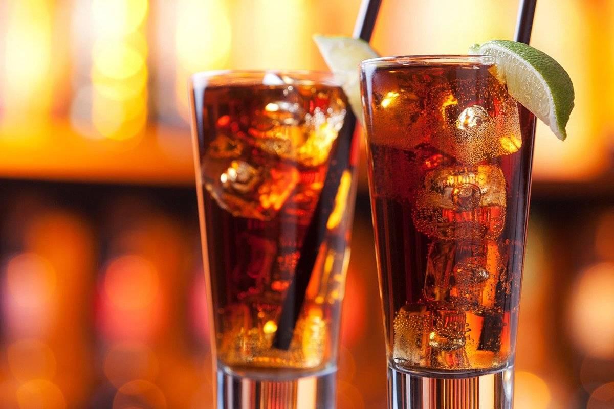 Бурбон или виски с колой