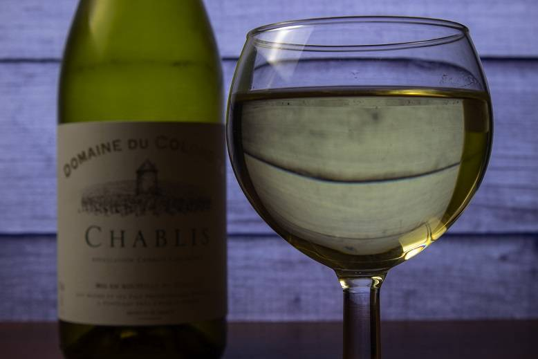 Вино шабли: виды, цена за бутылку, как пить и подавать напиток сhablis, история создания | mosspravki.ru