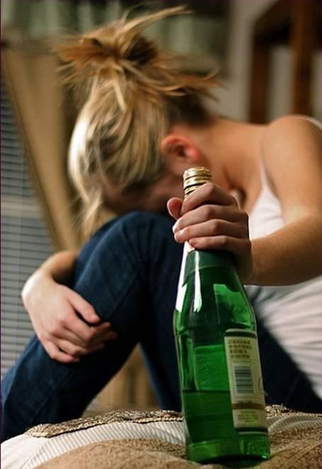 Как правильно пить водку: чем лучше запивать и как надо закусывать