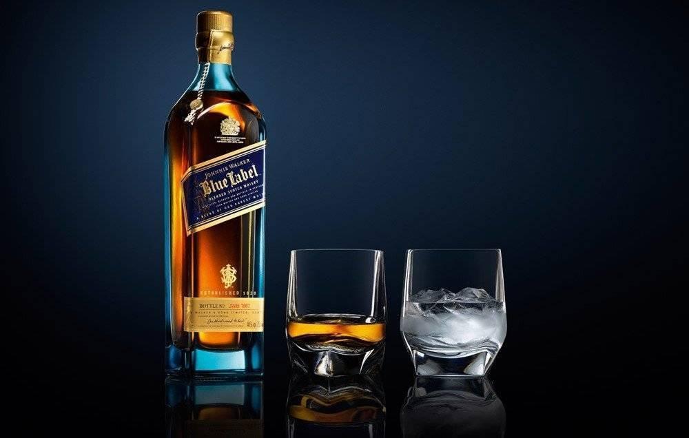 Джонни уокер блю лейбл магнум виски 1.75л. в кожаном кейсе купить по цене 42 500 руб. в магазине morealco.ru в москве