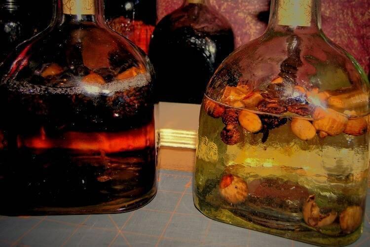 Рецепты вкусны и необычных настоек на самогоне