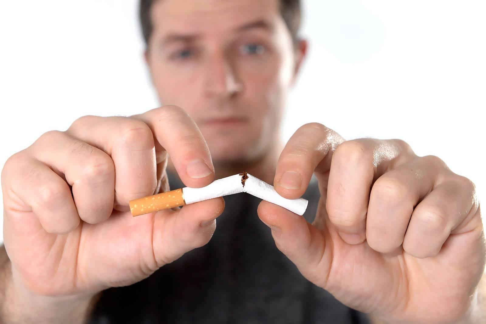 Прыщи от курения: причины появления и способы лечения