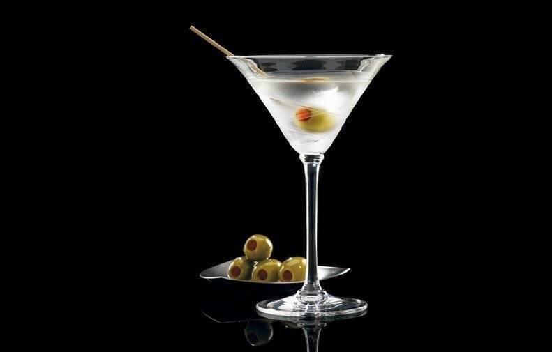 Рецепт приготовления коктейля грязный мартини