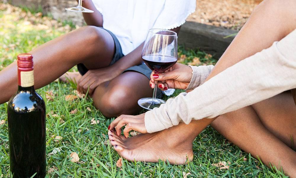 Как снять отек с лица после пьянки (алкоголя) ? и возможные причины опухания