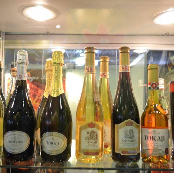 Как отличить натуральное вино от порошкового? как проверить качество вина, чтобы отличить от подделки?