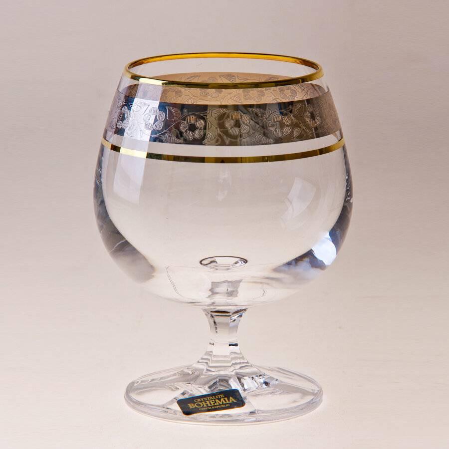 Качественные бокалы под коньяк для настоящих ценителей крепких напитков