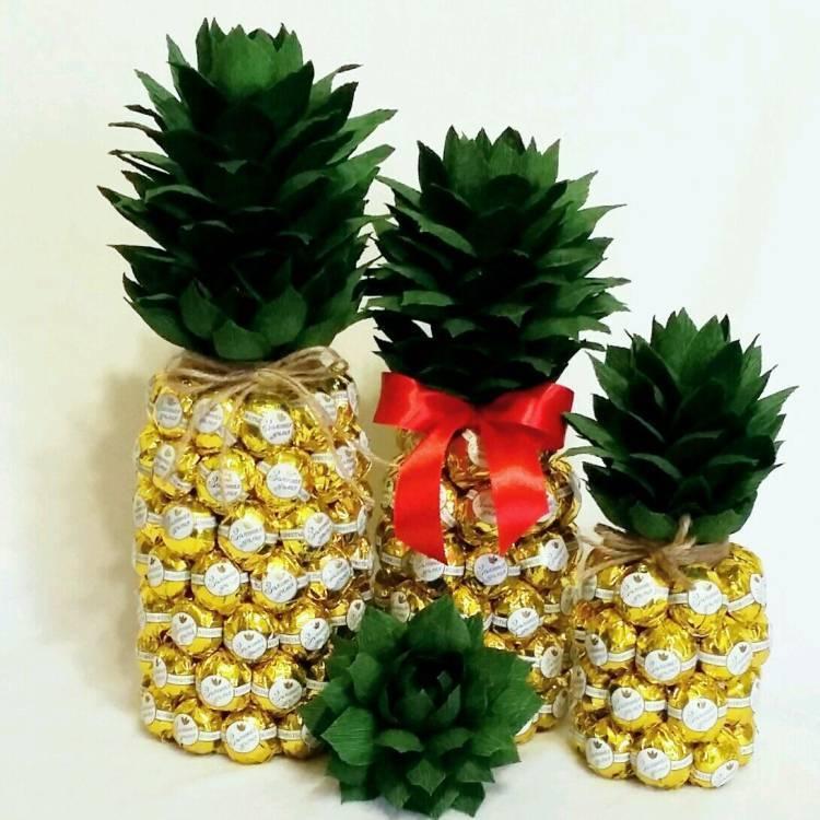 Как сделать ананас - материалы, описание процесса. ананас из пластиковой бутылки, ложек, гофрированной бумаги цветной бумаги. фото лучших поделок для вдохновения