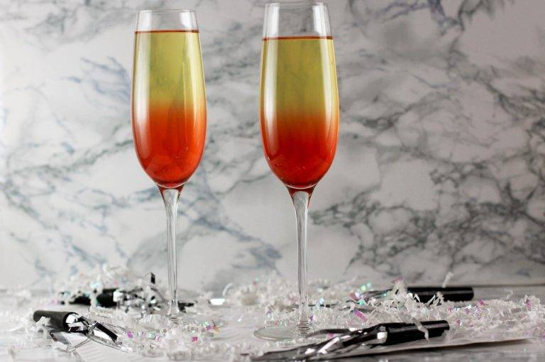 Водка с шампанским: коктейль «северное сияние» – как правильно пить