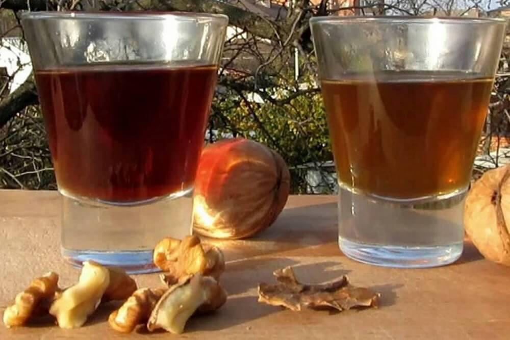 Колитесь, греки! как сделать настойку из перегородок грецкого ореха