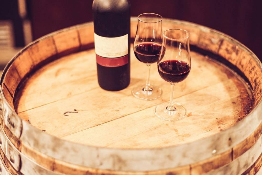 Как пить портвейн — вопрос нешуточный