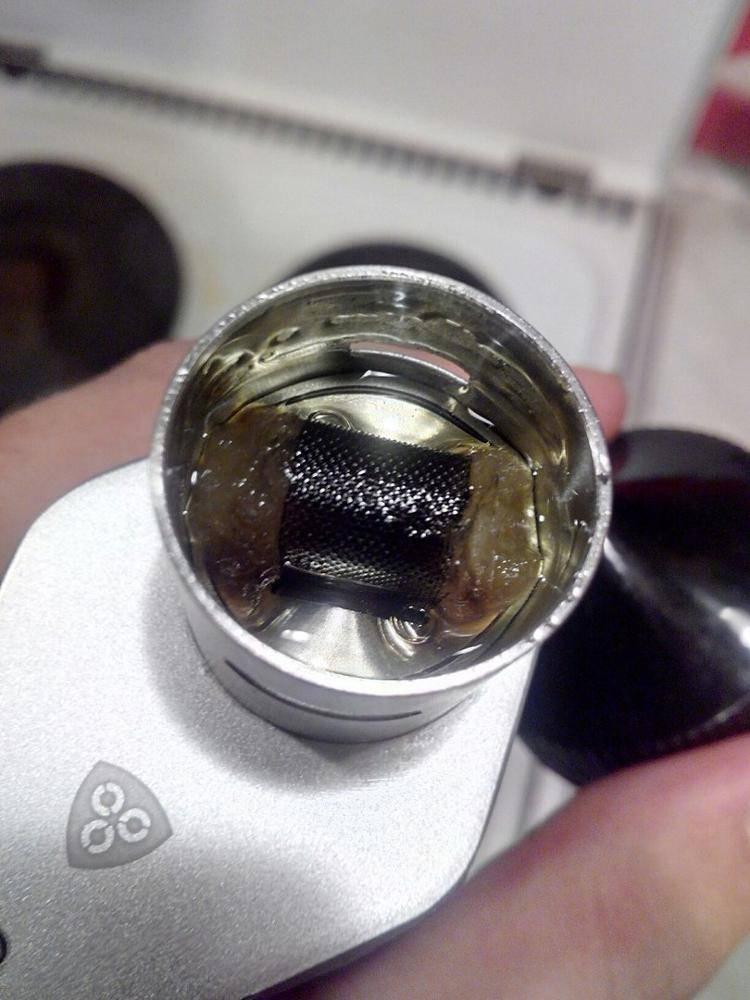Почему горчит электронная сигарета ijust s и что с этим делать?