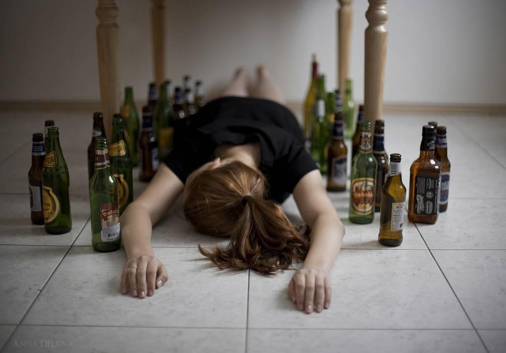 Причины возникновения алкоголизма: как и почему становятся алкоголиками