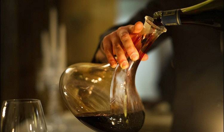 Можно ли пить домашнее вино с осадком