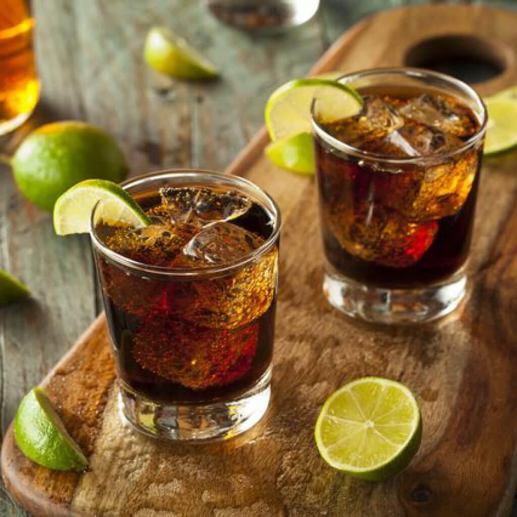 Коньяк с колой: рецепты и пропорции - как смешивать и пить правильно и почему разводить спиртное в газированном напитке нужно аккуратно  | suhoy.guru