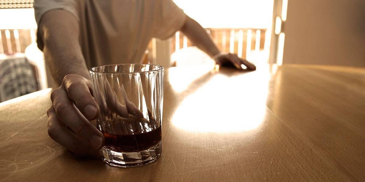 Алкоголь после инсульта: можно ли пить и какие последствия?