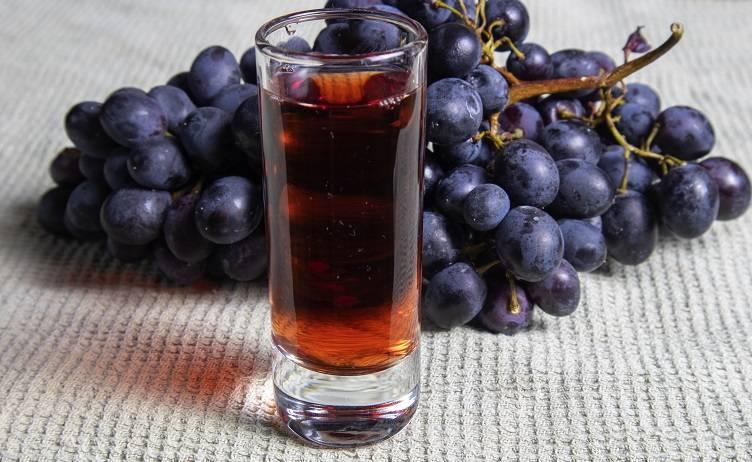 Наливка из винограда: рецепт в домашних условиях, как сделать виноградную наливку на водке или на спирту