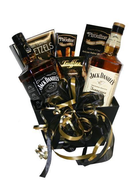 Алкоголь в подарок мужчине, женщине и на праздник – советы